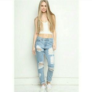 (A7) Melville Distressed Boyfriend Jeans
